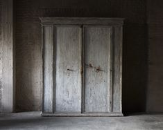 Italian cupboard, Italy 17th Century