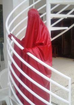 burka red
