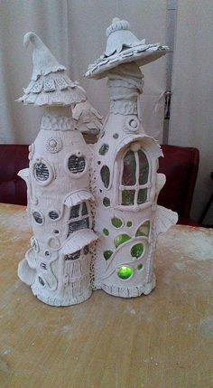Fairy House Crafts, Clay Fairy House, Fairy Houses, Diy Arts And Crafts, Creative Crafts, Clay Crafts, Decor Crafts, Fairy Tree, Wine Bottle Art