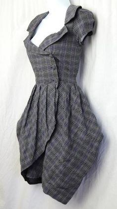 A sensible Tartan dress... for a lady of character and morals in the Exploration Age. by Mukami