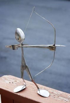 I need to show this to my husband.  He is making things from metal scraps...this is cute and what an easy project.