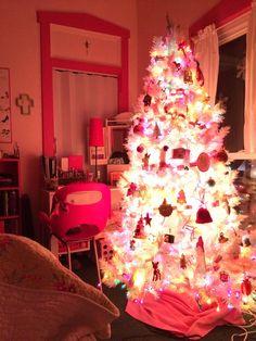 White tree. Pink room