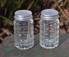 Vintage Anchor Hocking Clear Glass Salt and Pepper Shakers, Waffle Pattern