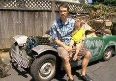Criança acaba comprando um carro na internet ao mexer no celular do pai