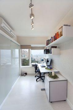 Pacific Palisades (Hong Kong) - modern - home office - hong kong - S.I.D.Ltd.