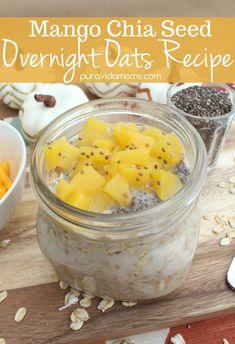 Mango Chia Overnight Oats Recipe- the easiest breakfast recipe ever! #breakfast #breakfastrecipes #easybreakfast #easyrecipe #oatmeal #overnightoats #mango