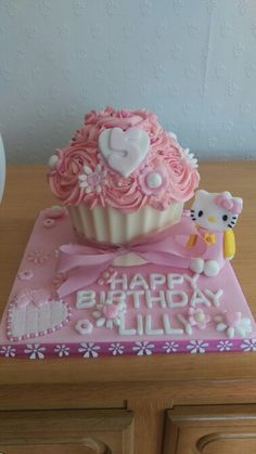Girly pink giant cupcake with a hint of Hello Kitty :). Homemade by me. 5th Birthday Cake, Birthday Ideas, Giant Cupcakes, Hello Kitty, Girly, Homemade, Friends, Desserts, Pink
