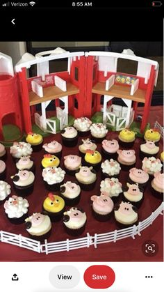 62 Ideas Baby Animals Farm Party Ideas For 2019 Cow Birthday, Farm Animal Birthday, Tractor Birthday, Cowgirl Birthday, Birthday Cupcakes, Farm Animal Party, Farm Themed Party, Barnyard Party, Farm Party