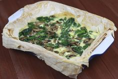 Mushroom, spinach and scallion tart with goat's cheese