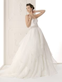 Strapless Wrapped Pleated Bodice Alma Novia Wedding Dress Sutil: DimitraDesigns.com