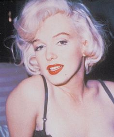 MAC is making a Marilyn collection!  www.refinery29.co...