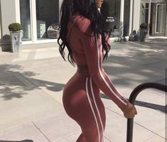 Pastel Outfit, Booty Goals, Tracksuit Set, Body Motivation, Body Inspiration, Perfect Body, Fashion Outfits, Womens Fashion, Ideias Fashion