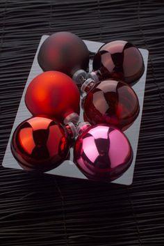 Boules de Noël #Rose #rouge #noel #fete #bordeaux #sapins #decoration #photographe #culinaire merci por le «re-pin