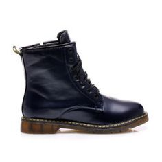 DARK BLUE CANADA Color, womens canada. Design inspired cult Martens. Distinctive yellow stitching on the joints. Conventional lacing the shoe along the whole length. Patterned outsole pays for itself. Lightly padded. For a distinctive rock style. Height boots: 17-18 cm (depending on the size) The circumference of the upper rim: regulated Material: eco leather https://cosmopolitus.eu/product-eng-41922-DARK-BLUE-CANADA.html #Workery #autumn #boots #Ankle #womens #comfortable #shoes #Universal
