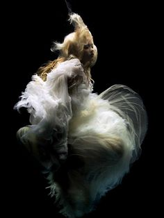Angelic Underwater Photography - Swan Song by Zena Holloway is Romantically Magical (GALLERY)