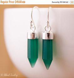 LABOR DAY SALE Green Point Earrings - Green Onyx Point - Spike Earrings