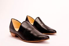 Flat Black Leather Shoes / Women Shoes / by EllenRubenBagsShoes, $199.00