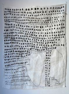 Rieko KOGA - Des pas | 2013 | 64 x 49 cm. | hand embroidered on linen.