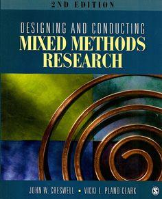 CRESWELL, John W.; CLARK, Vicki L. Plano. Designing and conducting mixed methods research. 2 ed. Los Angeles: Sage Publications, 2011. xxvi, 457 p. Inclui bibliografia e índice; il. tab. quad.; 23x19x2cm. ISBN 1412975174.  Palavras-chave: METODOS DE PESQUISA; PESQUISA CIENTIFICA; CIENCIAS SOCIAIS/Metodologia de pesquisa.  CDU 001.891 / C923d / 2 ed. / 2011