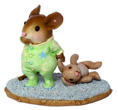 """Wee Forest Folk- """"Bunny Lovie"""" Sculpted by Willy Petersen"""