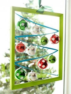 Christmas Decor Ideas with Beautiful Balls as the important ornament
