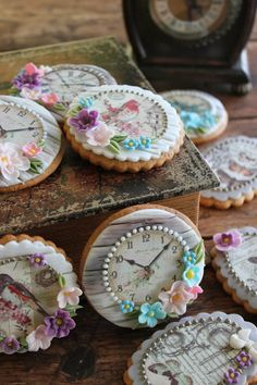 Clock faces, flowers decorated cookies