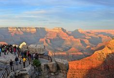 Grand Canyon, Mather Point Lookout, Arizona, USA.