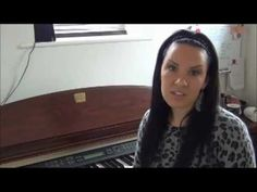 The *OFFICIAL* How to Play Piano-Lesson 1 & Intro. For Beginners & Children - YouTube