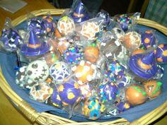 Assorted Halloween cake pops