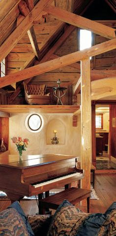 Interior of Gary Zuker's beautiful Cob Home. If I were independently wealthy.I would try to talk Andrew into this one! Cob House Interior, Interior Design, Earthy Home, Adobe House, Natural Homes, Natural Building, Texas Homes, Sustainable Living, The Hobbit