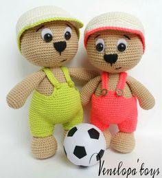 Muster-Bär mit Mütze Crochet Amigurumi von VenelopaTOYS auf Etsy