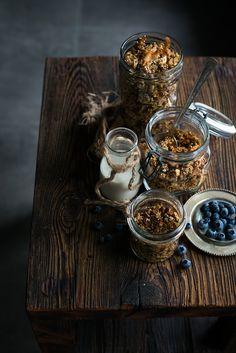 Glueten-free & home-made Cocoanut Granola with some quinoa in it!