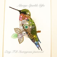 Sitting hummingbird Button art framed picture. ✨ Always Sparkle Gifts ✨