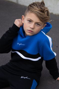 Comfortable slim fit Overhead hoodie Cut and sew panel across chest Contrast white stripe across the shoulders Mayhem signature embroidery in the centre cotton poly brushed fleece Model is 9 years old, and wearing size Boys Summer Outfits, Summer Boy, Young Boys Fashion, Boy Fashion, Outfits Niños, Kids Outfits, Girls Clothing Stores, Teen Clothing, Trendy Hoodies
