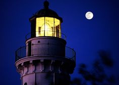 Guiding lights by James Jordan, via Flickr