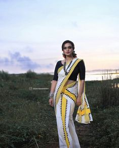 Nice Dresses, Awesome Dresses, Star Magic, Beautiful Saree, Indian Beauty, Blouse Designs, Stars, Ethnic, Instagram