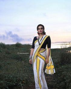 Set Saree, Nice Dresses, Awesome Dresses, Star Magic, Beautiful Saree, Indian Beauty, Blouse Designs, Stars, Ethnic