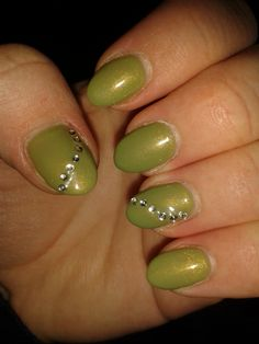 my favourite green nails