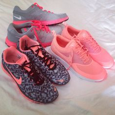 Nike runners shoes pink & leopard