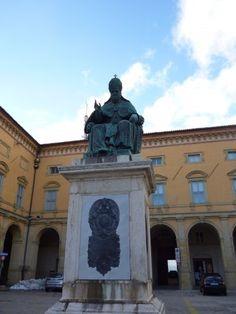 Statua Papa Sisto V Camerino (MC)