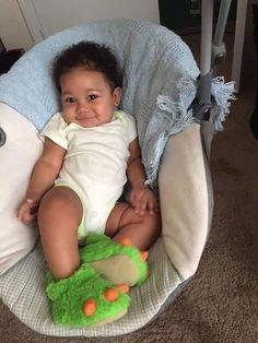 🦖 him so handsome Cute Mixed Babies, Cute Black Babies, Beautiful Black Babies, Cute Little Baby, Pretty Baby, Cute Baby Girl, Beautiful Children, Little Babies, Cute Babies