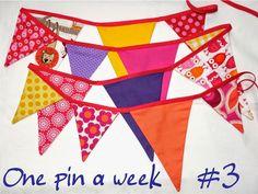 Malala: One pin a week - Wimpelkette