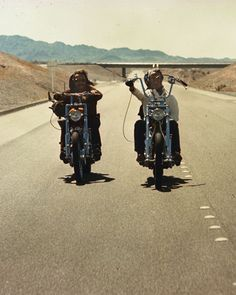 """Peter Fonda y Dennis Hopper en """"Easy Rider"""", 1969"""