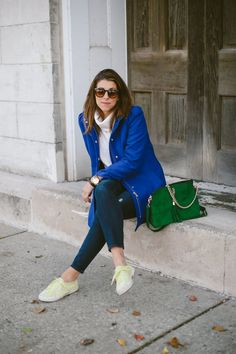 A pair of Gap jeans as featured on the blog @Danielle * Lou What Wear *.