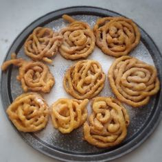 Jalebi Algerian Recipes, Algerian Food, Cupcake Cakes, Cupcakes, Cake Hacks, Canapes, Waffles, Cookies, Breakfast