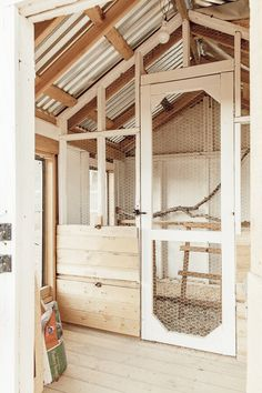 Chicken Coop Design Ideas Chicken coop design ideas complete with dutch doors, nesting box ideas, a covered chicken run and gorgeous solar lights! Chicken Coop Designs, Cute Chicken Coops, Chicken Coup, Backyard Chicken Coops, Backyard Farming, Chickens Backyard, Fancy Chicken Coop, Chicken Shed, Chicken Coop Decor