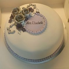 Konfirmasjonskake , cake, cakedecorating Confirmation, Cake Decorating, Food And Drink, Birthday Cake, Cakes, Desserts, Tailgate Desserts, Birthday Cakes, Deserts