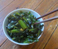 Senfgrün aus dem Wok
