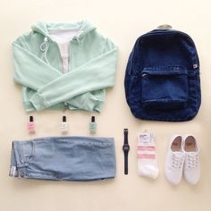 """""""산뜻한 새학기 패션 코디. Ready to go back to school? #AmericanApparel #데일리룩"""""""