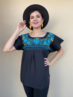 Gorgeous traditional Mexican shirt , machine-embroidered Fabric: Cotton Fits size M Loose fit Measurements taken flat: Armpit to armpit 22 Bottom hem width 24 Shoulder to Bottom hem 27 Mexican Skirts, Mexican Blouse, Mexican Outfit, Traditional Mexican Shirts, Baby Bloomers, Mexican Party, Resort Wear, Hippie Boho, Boho Style